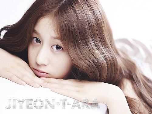 T-ara's Jiyeon is a Sleeping Beauty