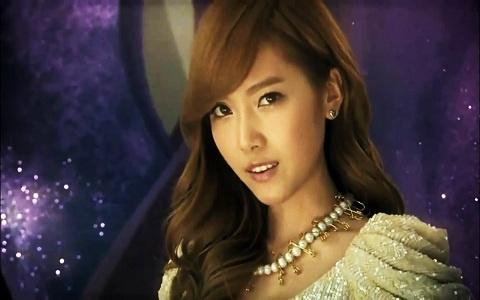 SNSD Jessica's Doppelganger?!