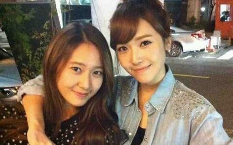 Girls' Generation Jessica Regains Control over Sister f(x) Krystal?