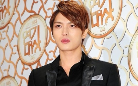 jyj-jaejoong-gets-love-from-male-fans_image