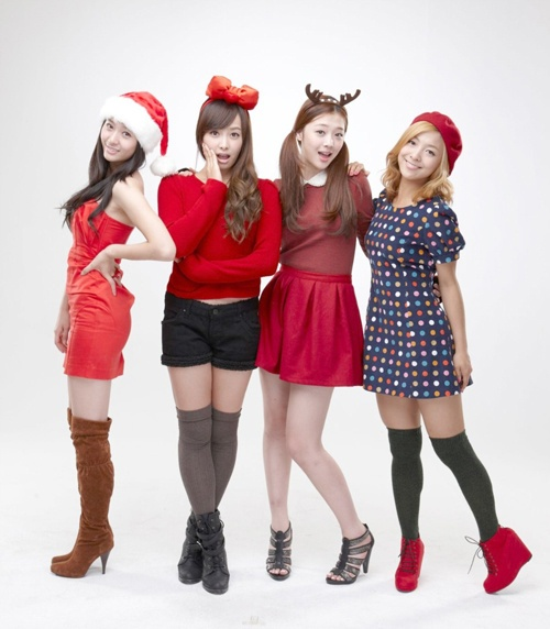 f(x) Does Photoshoot for Chicken Mania
