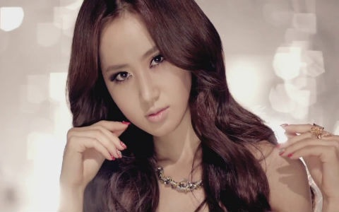 Girls' Generation Yuri Avoids Acting Criticisms