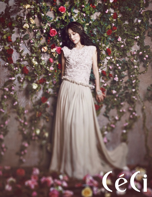 Han Ji Min Transforms into a Spring Goddess for CeCi