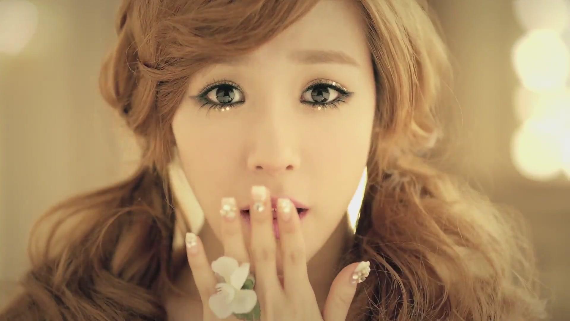 Girls' Generation's Hyoyeon Made Tiffany Cry