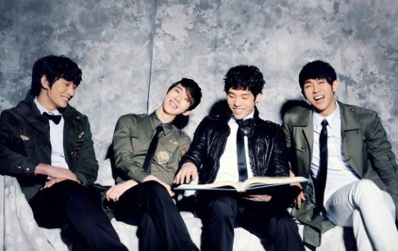 2AM Members Appear Excited for Jo Kwon's Solo Debut