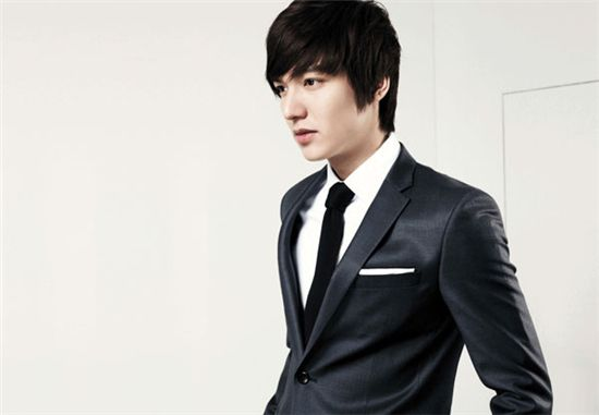Lee Min Ho Playing Squash in a Suit?