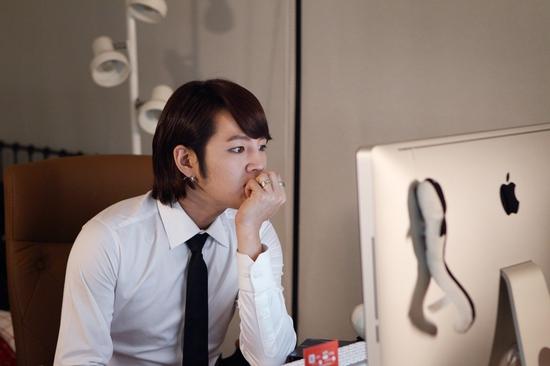 "Jang Geun Suk Receives Special Award at the Japanese ""Short Short Film Festival"""