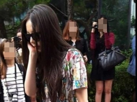 Wonder Girls So Hee Turns the Road to Music Bank Into a Runway