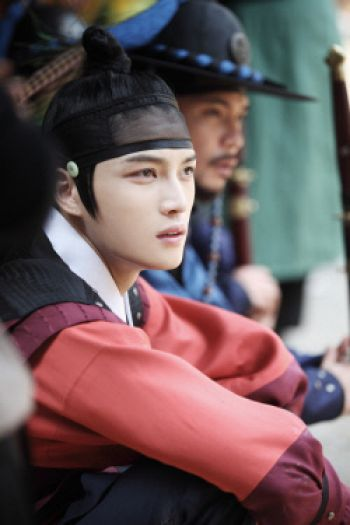 "Kim Jaejoong: Behind the Scenes for ""Dr. Jin"""