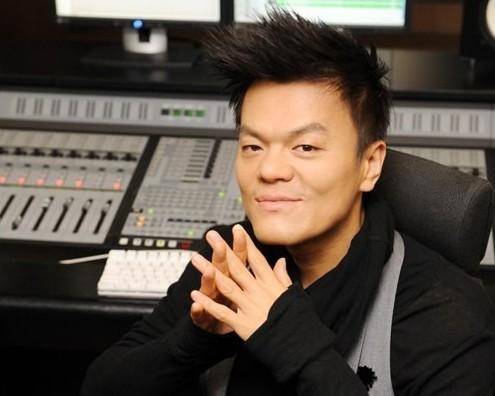 JYP Transforms Into a DJ