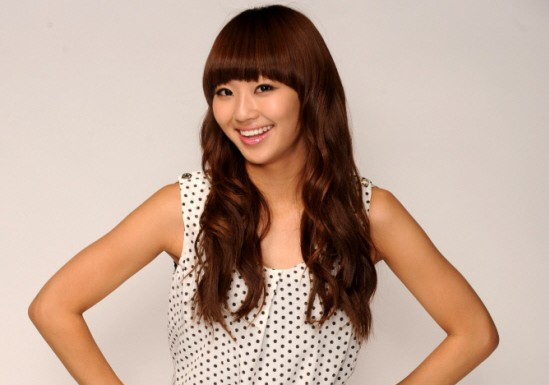 """Hyorin: """"I Had a Difficult Time Eating Because of My Tight Clothes for 'Alone'"""""""