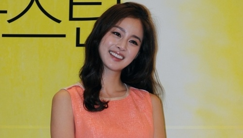 "Kim Tae Hee: ""If I Get Married Before 40 I Will Think That I Was Successful"""