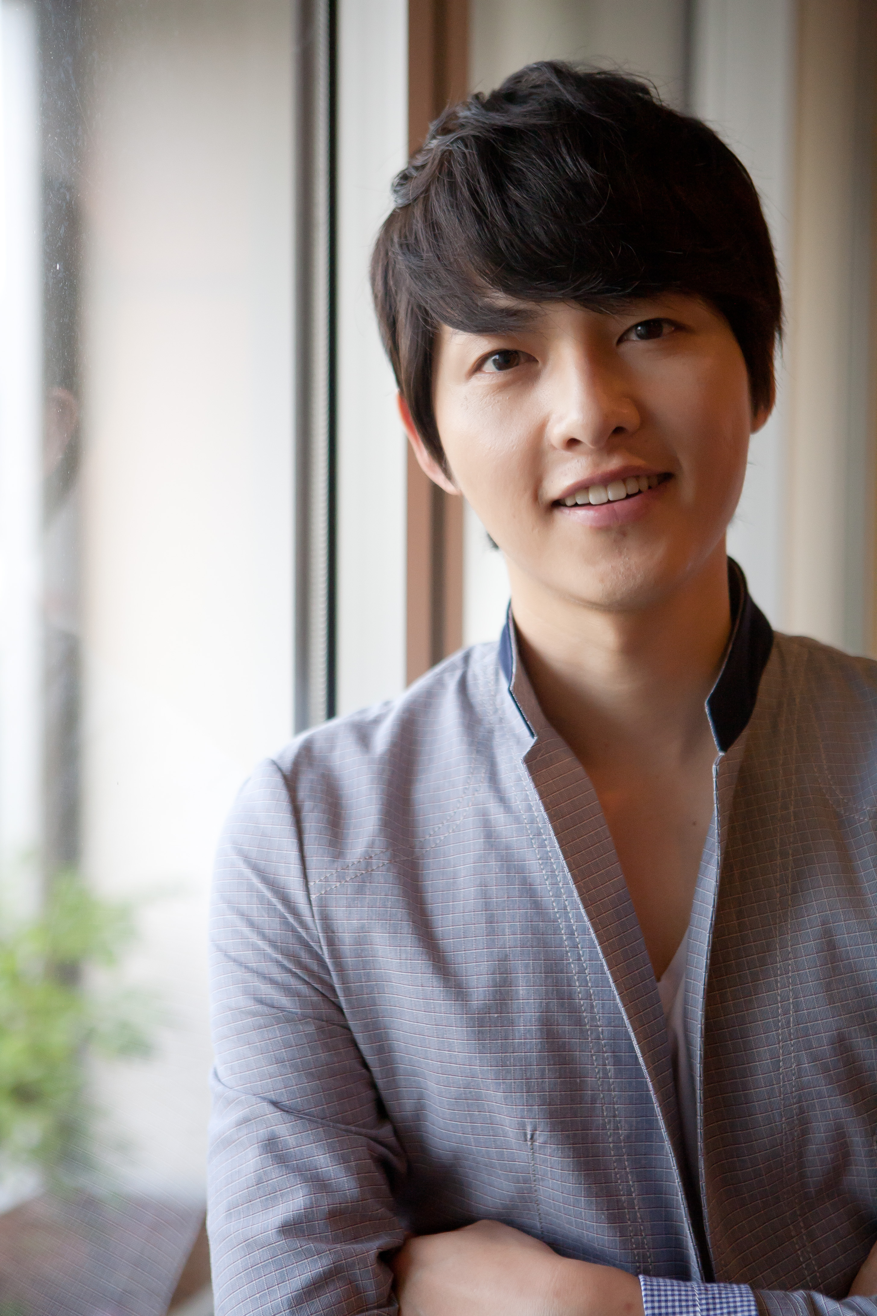 Review Song Joong Ki Press Conference And Fan Meeting In - Army hairstyle singapore