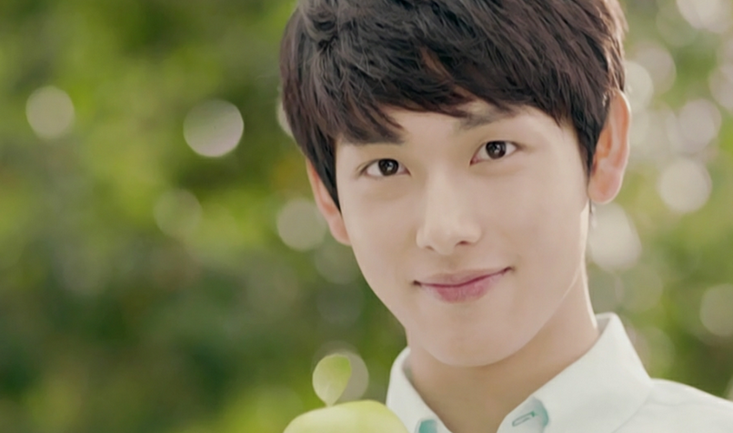 Idols Name ZE:A's Im Siwan as the Next CF King