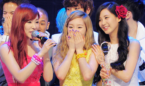 Girls' Generation's Taetiseo is First Unit to Win Four Triple Crowns