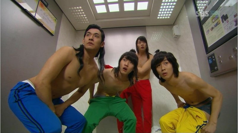 """""""Rooftop Prince's"""" F3 Spotted in Australia!"""