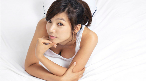 Lee Chae Young Apologizes for Her Degrading Comments Regarding Overweight Woman