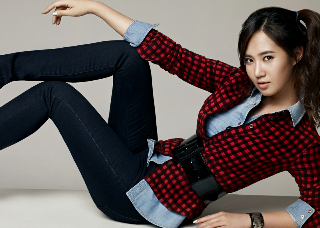 Girls' Generation's Yuri Owns the Hottest Bikini Body?