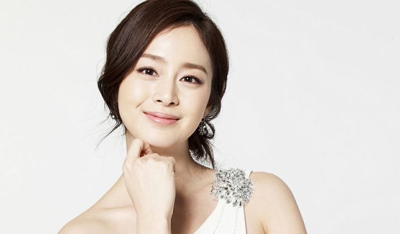 Kim Tae Hee Puts Other Celebrities to Shame