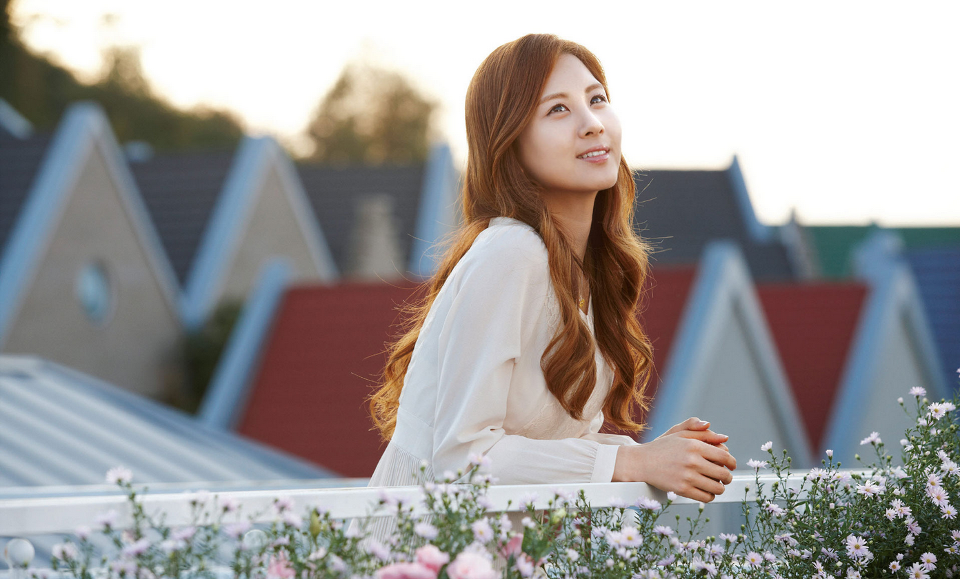 Girls' Generation's Seohyun Looks like a Princess