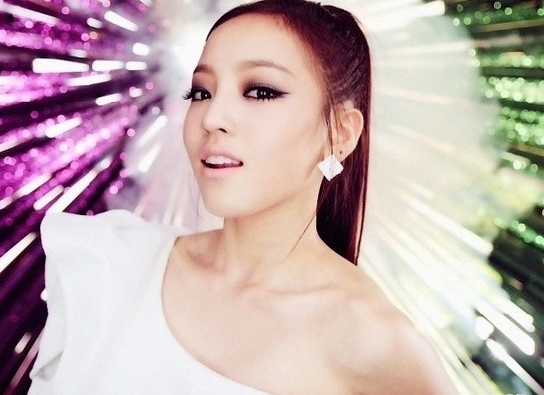Goo Hara Transforms Into a Doll