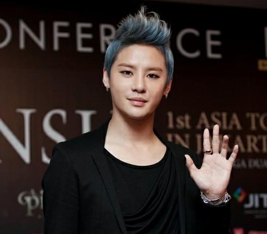 JYJ's Junsu Attracts Press Attention in Indonesia