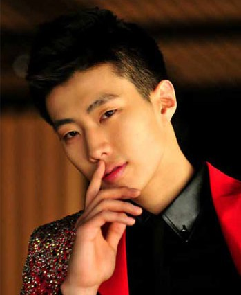 A Sexy Photo of Jay Park Surfaces