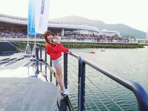Girl's Day Minah Shows Off Legs at Yeosu