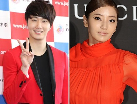 Han Chae Young Snaps Photo with Jung Il Woo in China
