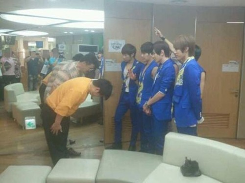 Comedian Jung Hyung Don Does 90 Degree Bow to Infinite