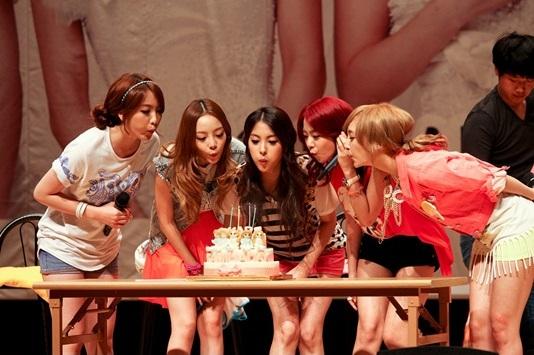 Kara Held a Secret Fan Meeting on June 10