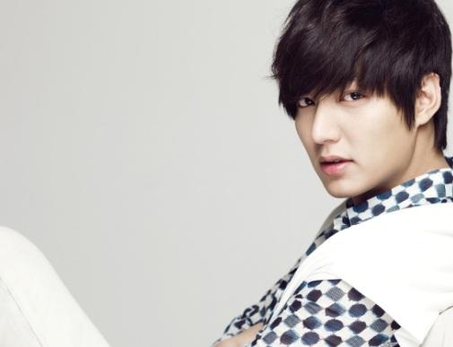 Lee Min Ho Has More Than 10 Million Online Friends