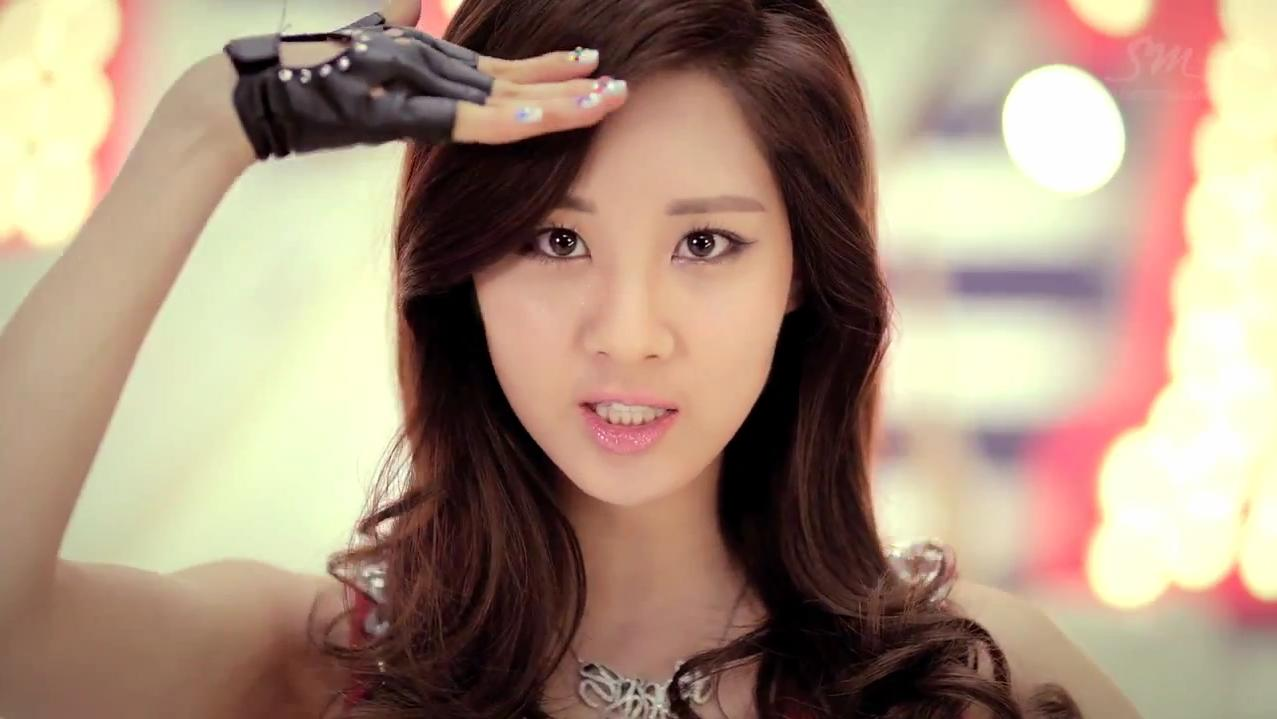 Girls' Generation's Seohyun Receives Attention for Her Caring Personality