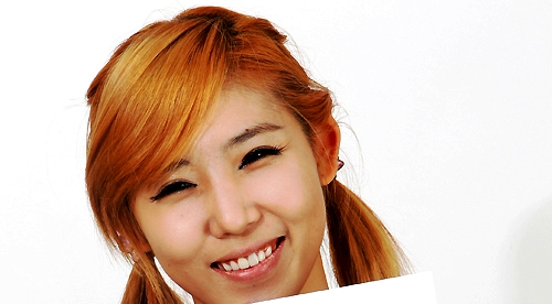 Secret's Zinger Has a Face that Is as Small as a Beverage Can?