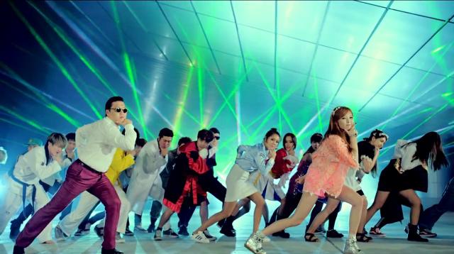 """PSY Releases MV for """"Gangnam Style"""""""