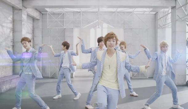 """Boyfriend Releases Short Ver. MV for Japanese Debut Single """"Be My Shine"""""""
