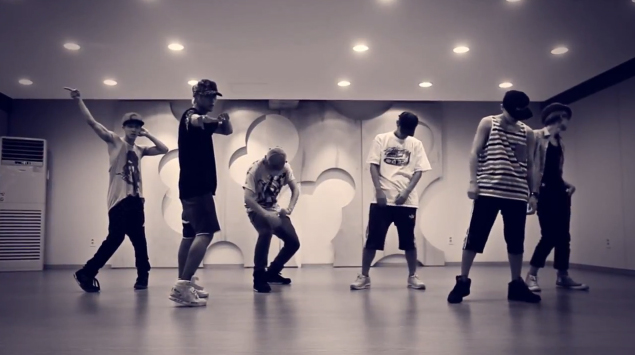 "BEAST Releases Dance Practice for ""Not Me"""