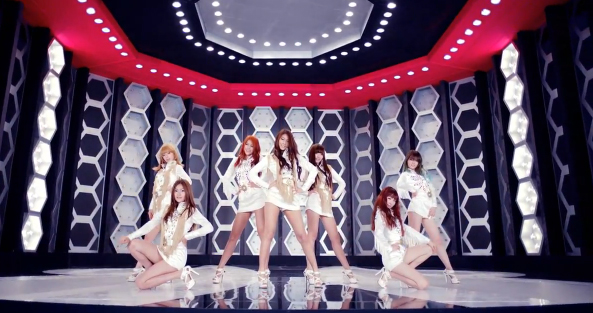 AOA Makes Their Debut Performance on Music Core