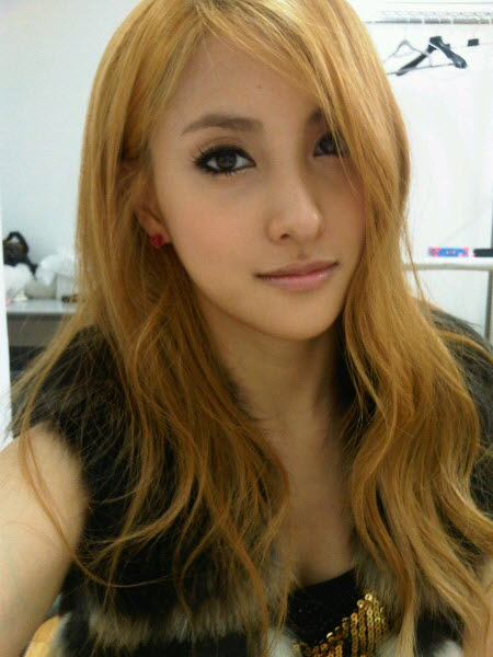 """Kara's Gyuri: """"I Was Told That I Couldn't Debut Unless I Underwent Plastic Surgery."""""""
