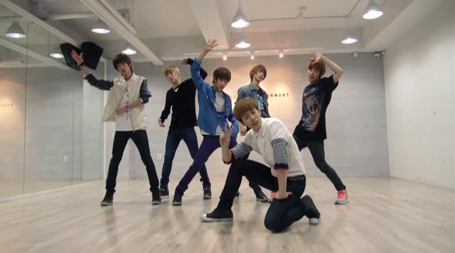 "Boyfriend Releases Dance Practice Video for ""Love Style"""