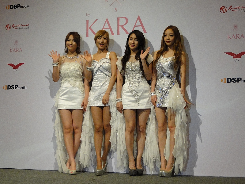 Kara Holds Press Conference and Showcase in Singapore Without Han Seung Yeon