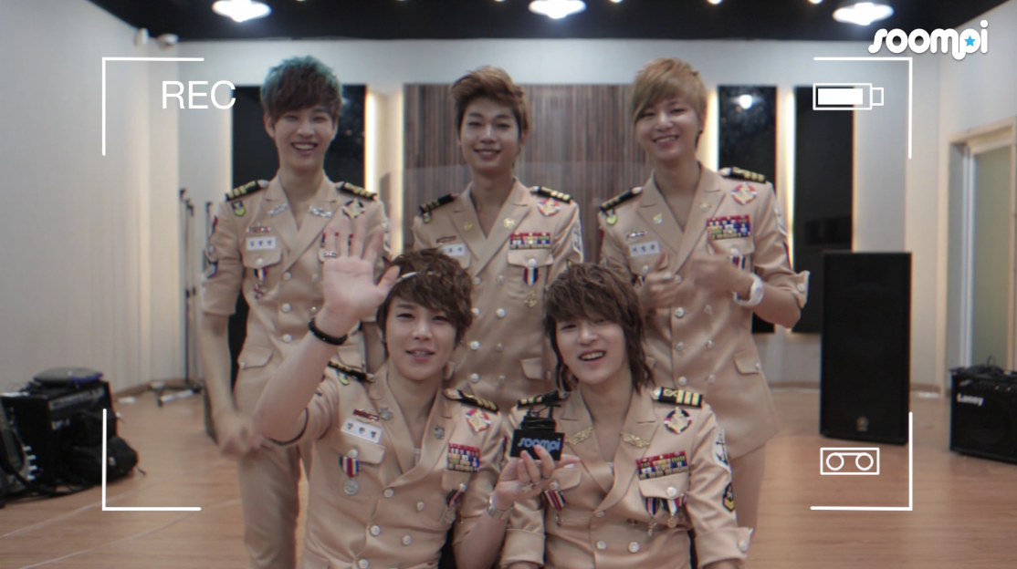 """[Exclusive] LEDApple Unplugged: Boys Talk about """"Run to You"""" MV, Marine Look, and Emerald Hair"""