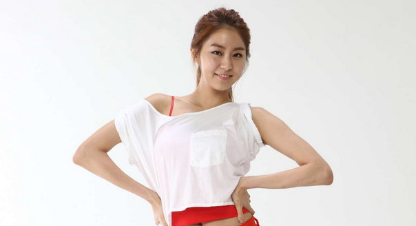 After School's UEE Talks about Her First Kiss