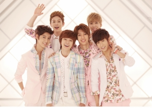 Boyfriend Successfully Finishes Budokan Showcase in Japan