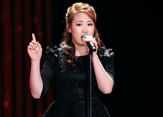 JYP Hints at Battle between Park Ji Min and Su Pearls