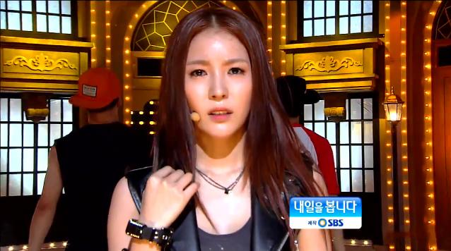 072912_BoA_inkigayo