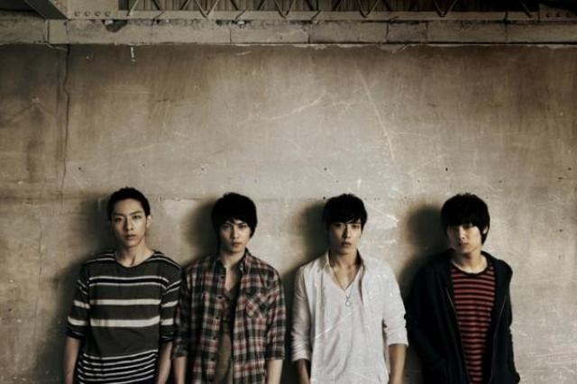 """CN Blue Releases MV for """"Time Is Over"""" from Upcoming Japanese Album"""