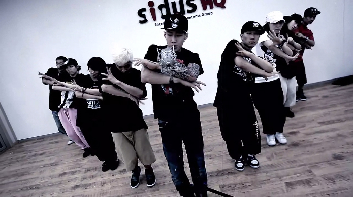 "Jay Park Releases Dance Practice for ""I Love You"""