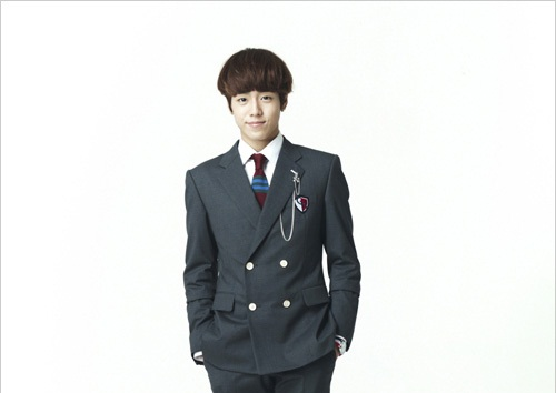 """Lee Hyun Woo of """"To The Beautiful You"""" Shows Multiple Charms in """"CeCi"""" Magazine"""