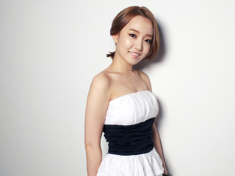 "Younha to Sing for the ""Faith"" OST"